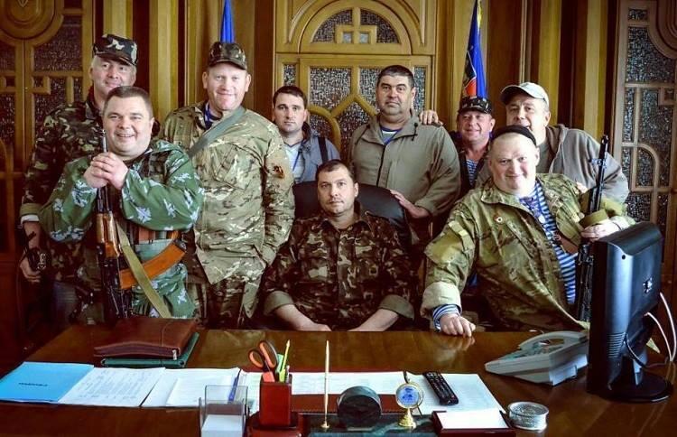 El presidente de la República Popular de Lugansk en su despacho.