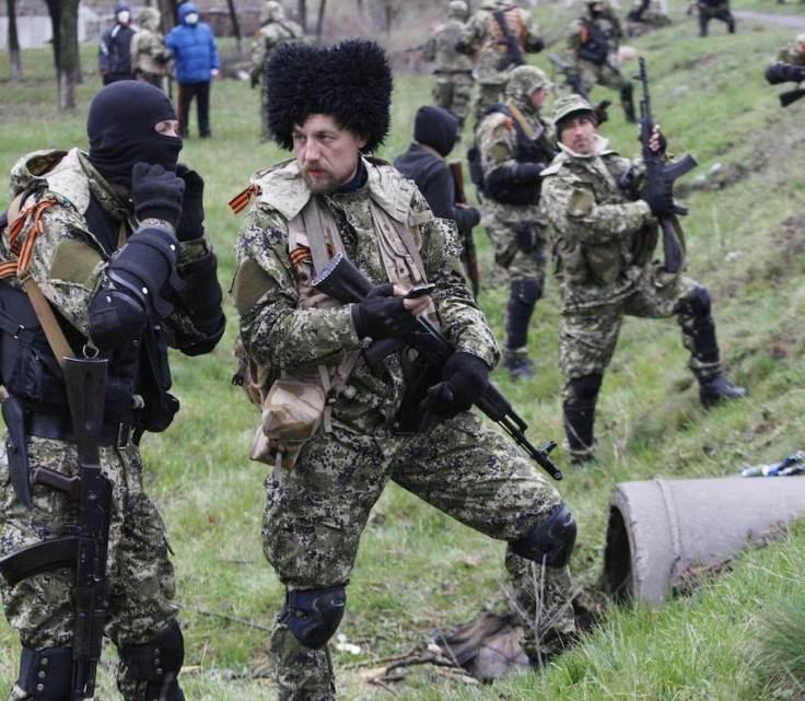 Cosacos rusos en Slavyansk, abril 2014.
