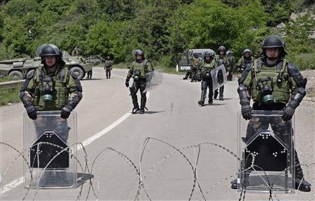 2012-06-01T115602Z_1_CBRE8500X5L00_RTROPTP_2_INTERNATIONAL-US-KOSOVO-SERBS
