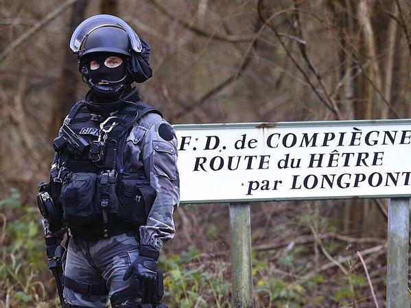 Policía en Longpont