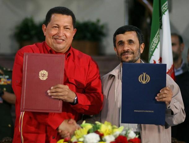 Chávez y Ahmadinejad en 2007