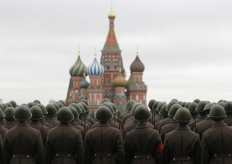 reuters_russia_red_square_03Nov11-878x623