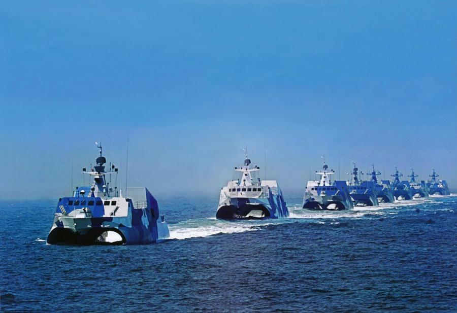 China ha construido 83 buques lanzamisiles Tipo 022 de 220 toneladas.