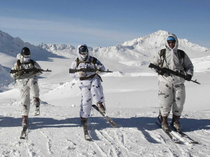 russia-military-snow-3